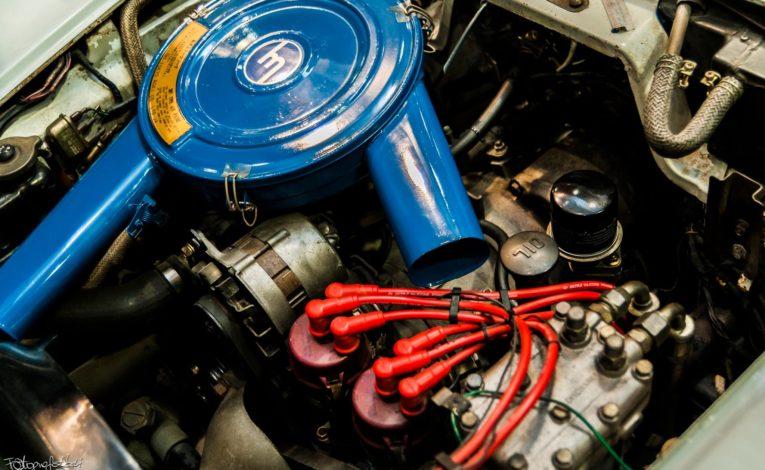 Mazda Cosmo Sport silnik z bliska