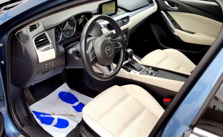mazda-samochod